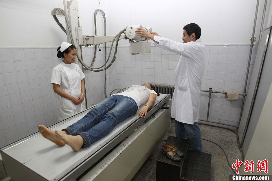 河南执行新规男医生检查女患者须有护士或家人