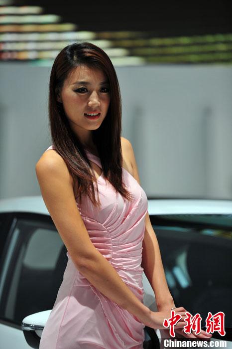 美女模特助阵2013中国沈阳国际汽车展览会
