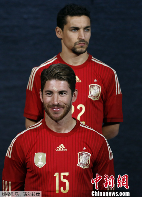 西班牙发布2014年世界杯球衣