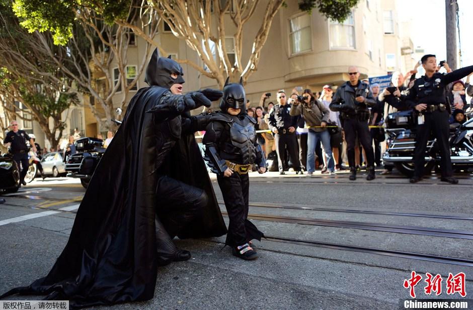 """旧金山全城帮助白血病患儿实现""""蝙蝠侠梦"""""""