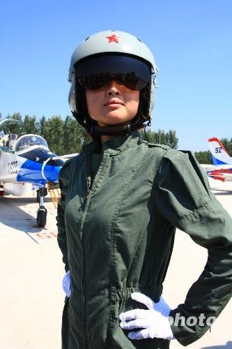 张雷摄 张雷 首批/空军飞行员需要什么样的身体素质