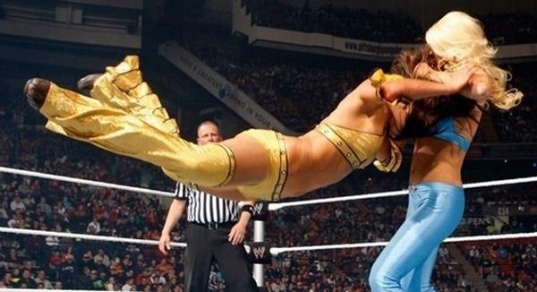 图片频道 实拍美国职业女子摔跤