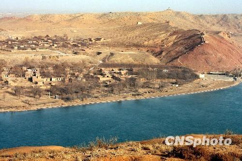 黄河进入宁夏水质清澈湛蓝