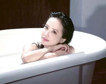 蔡依林三级片_蔡依林mv现马赛克式洗澡 被网友批像三级片(图)