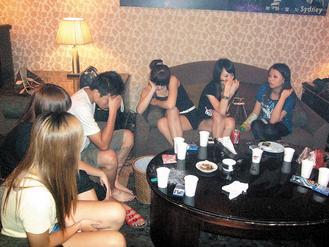 已婚男为女友庆生 台风天搞吸毒派对遭拘(图)-