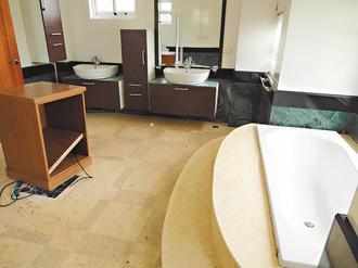 苏嘉全农舍二楼主卧室卫浴设备