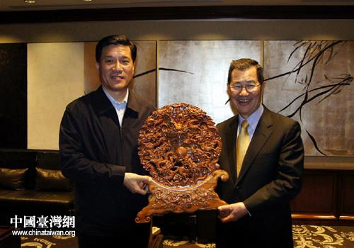 山东省副省长夏耕访台进一步深化鲁台经贸合作