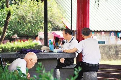 大陆媒体:迁台老兵为台湾奉献一生不该被遗忘