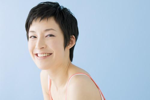 台湾医生:粉刺痘痘佩骚触动碰 发脓才干挤