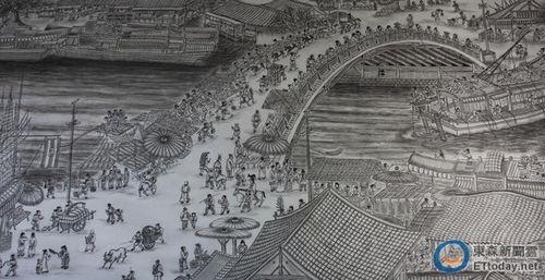 7旬老翁退休自学画画 临摹出2倍大《清明上河图》图片