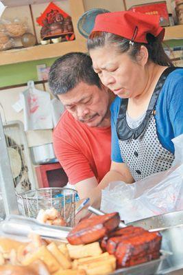 把客人当家人台南一小吃摊老板25年不涨价