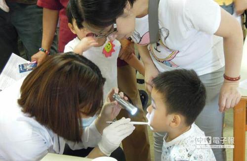 """台湾最快明年上架""""加氟食盐""""降低学童蛀牙率"""
