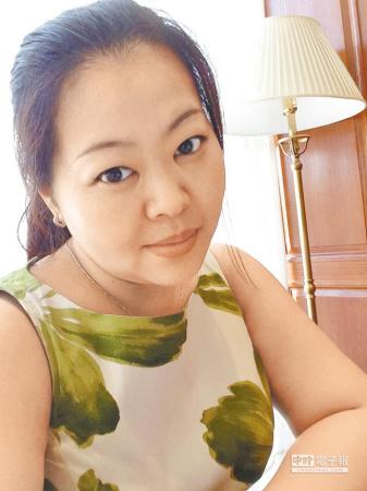 年轻台湾女子闯荡大陆孤军奋战打破偶像剧影响