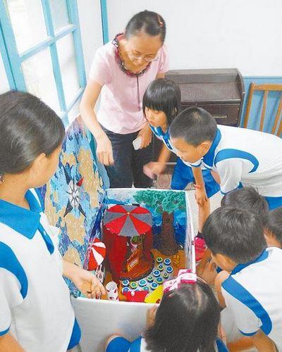 台湾代理教师一年一聘女老师担心饭碗不敢生娃