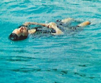 浮尸图片长江客轮倾覆浮尸 女浮尸真实图片图片