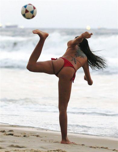 巴西海滩文化引领桑巴