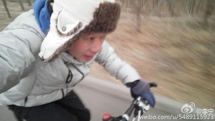 李宁工作前先骑行8公里 杨威:向大哥学习(图)