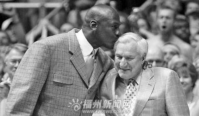 乔丹恩师史密斯去世生前培养出大批篮球巨星(图)