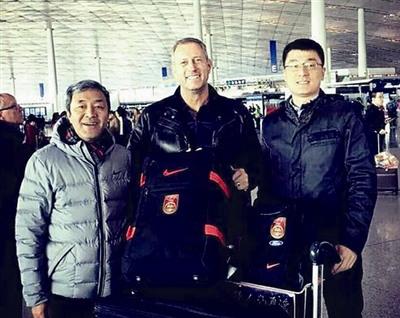 佩兰正式告别中国未来仍有望继续执教中国球队