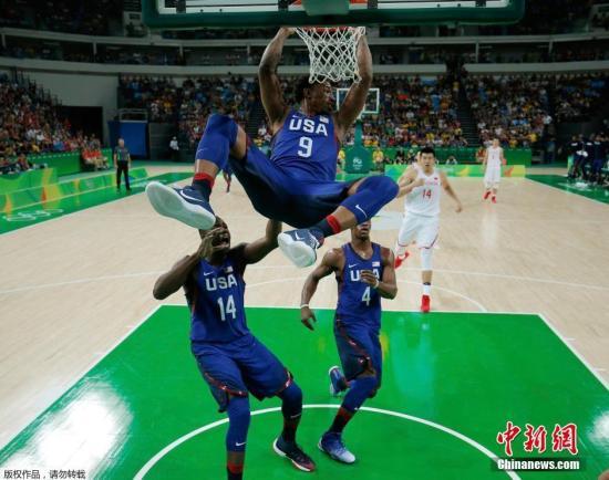 中国男篮迎里约奥运首秀 62:119不敌美国队