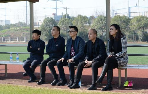 武汉卓尔足球队获丰盛集团、驴妈妈投资赞助