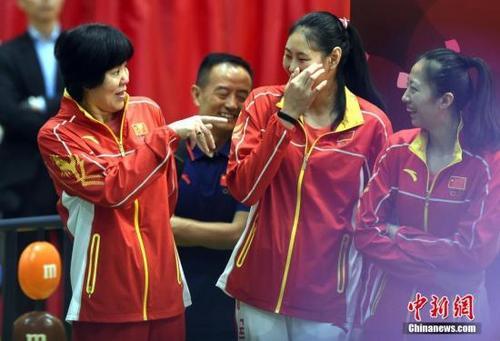 郎平任中国女排总教练:我会掌握方向、培养年轻教练