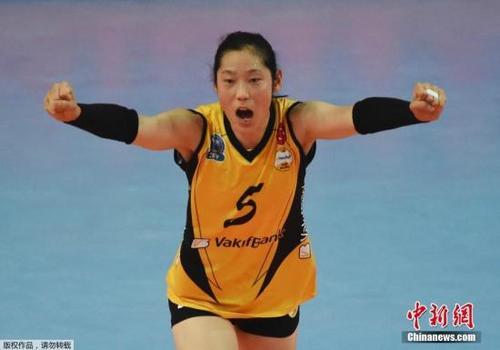 中国女排球员朱婷收获留洋后首冠22分荣膺当场得分王