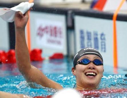 傅园慧:我宁愿不要奥运会以后得到的所有东西
