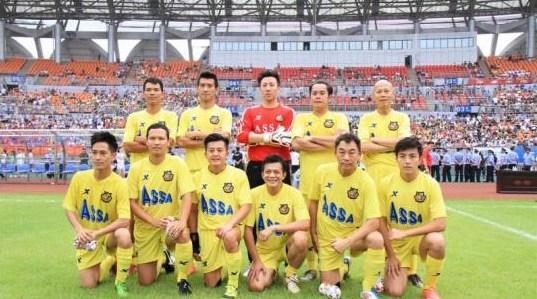 香港明星足球队已筹善款五亿元 足迹遍布大江南北