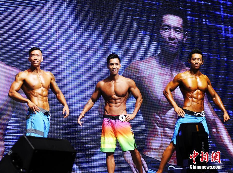 奥林匹亚先生亚洲香港赛开赛 猛男靓女展身段