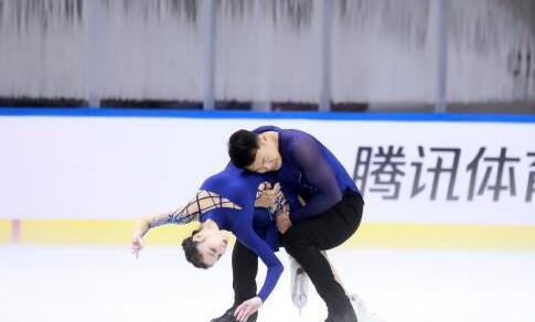 中国花滑俱乐部联赛吉林站落幕 于小雨/张昊复出