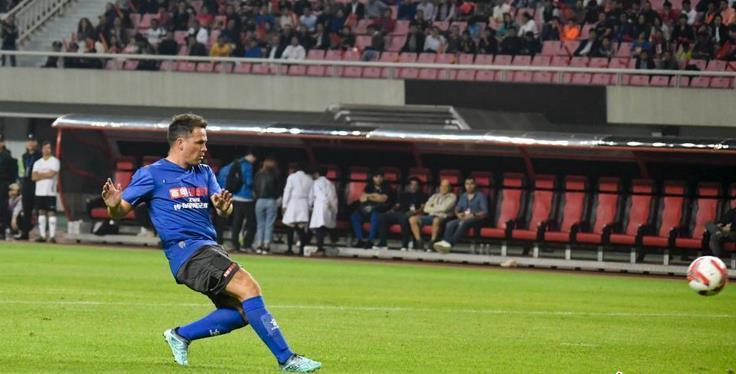 长沙举办2019传奇明星足球挑战赛