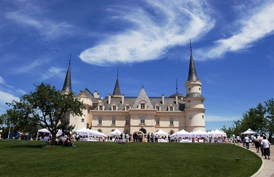 张裕建葡萄酒工业旅游体系:已成为影视基地