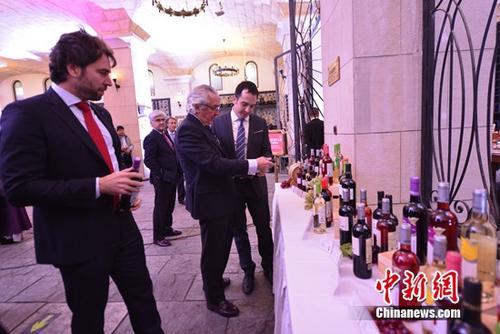 """张裕积极向""""全球葡萄酒品牌运营商""""转型"""