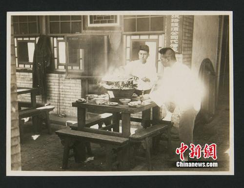 """1933年北京老照片惊现""""张裕酿酒公司代售处""""招牌"""