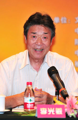 中国民歌赛首邀外国人参加 朱明瑛李光曦当评