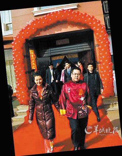 车晓与前夫李兆会_车晓否认离婚分得3亿家产:夫妻不成还是朋友(图)-中新网
