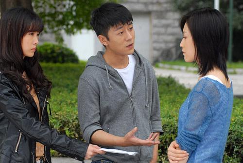 有趣的是,剧中,周毅,马晓灿扮演血脉相连的双胞胎姐妹,在现实中,却