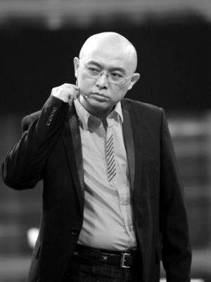 孟非在江苏�9�:c9/c_孟非不满航班晚点 要求民航总局局长辞职