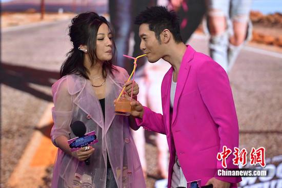 赵薇与黄晓明吻戏浪漫:吻太多次,最后没感觉了