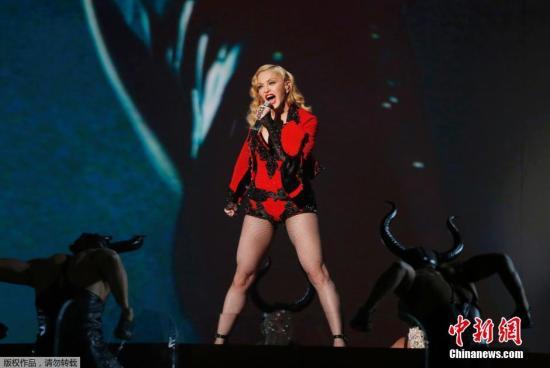 【爆料】麦当娜演唱会迟到50分钟被噓 情绪失控骂歌迷