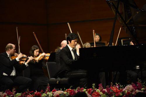 [明星爆料]李云迪重庆奏响新年音乐会 为家乡父老献琴艺