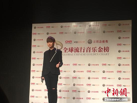 [热点新闻]林俊杰避谈感情规划 自曝当林志颖儿子干爸(图)