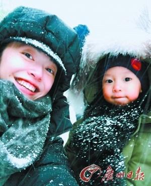 明星花式秀恩爱:刘翔发合影姚晨秀老公和儿子