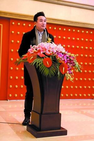 """[热点新闻]黄磊荣升上市公司董事 称""""兄弟合作不谈钱"""""""