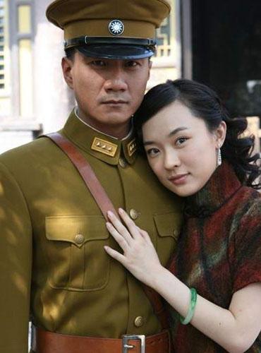 """[热点新闻]盘点那些""""少帅""""形象:刘劲反差大 胡军最具气势"""