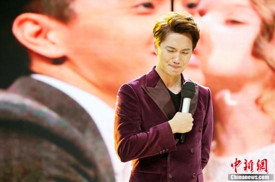 [热点新闻]湖南卫视《天天向上》将播小五告别专场 汪涵不舍