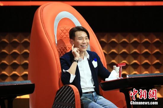 """[热点新闻]《中国好歌曲》陶喆引女学员向自己""""告白""""(图)"""