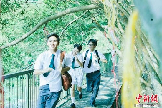[热点新闻]《哪一天我们会飞》获高评价 杨千嬅、林海峰主演