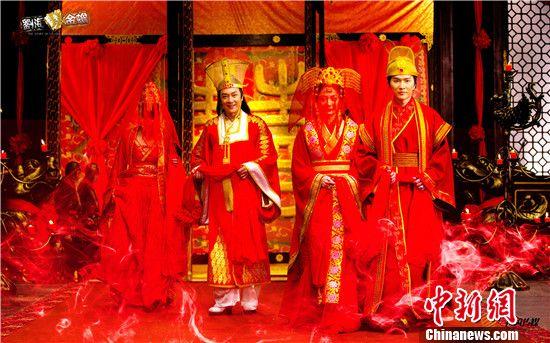 """[热点新闻]《刘海戏金蟾》今晚收官 """"狐仙恋""""将落幕(图)"""